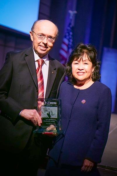 Paul Davis Accepting ONEGeneration Award